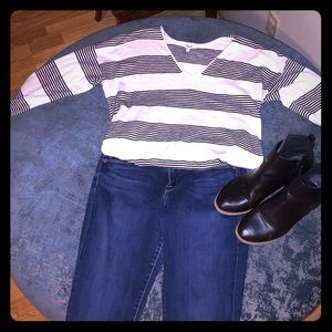 Madewell v neck light weight sweater